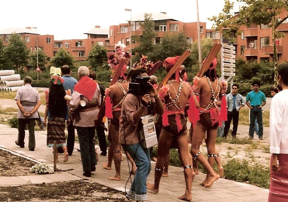 4. processie naar stichting